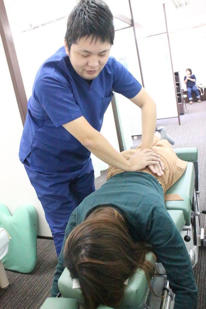 頭痛や産後骨盤矯正なら生駒市口コミNo1えだ鍼灸整骨院・整体院