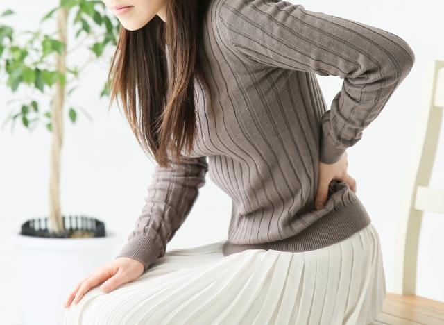 生理前の腰痛は奈良県生駒市えだ鍼灸整骨院・整体院でなおす